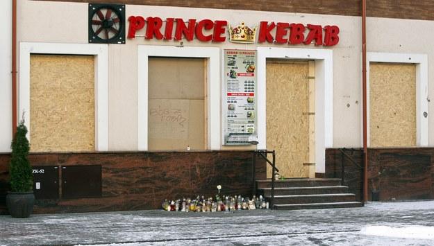 Bar, przed którym doszło do zabójstwa / Artur Reszko    /PAP