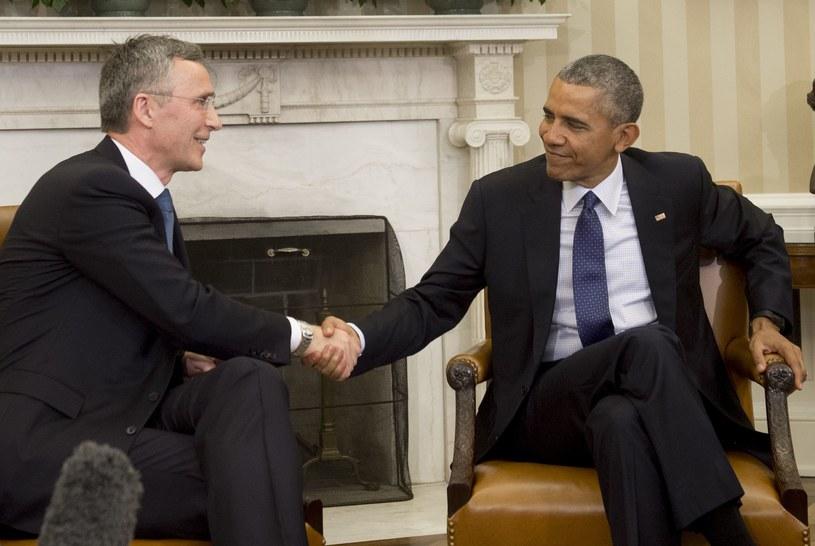 Barack Obama przyjął w poniedziałek w Białym Domu sekretarza generalnego NATO Jensa Stoltenberga /AFP
