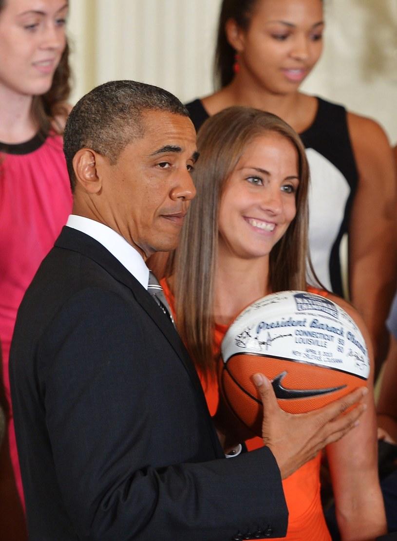 Barack Obama zna się na koszykówce /AFP