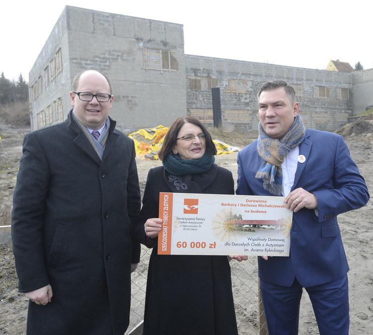 Barbara i Dariusz Michalczewscy wsparli budowę ośrodka dla osób z autyzmem /Wojciech Stróżyk /Reporter