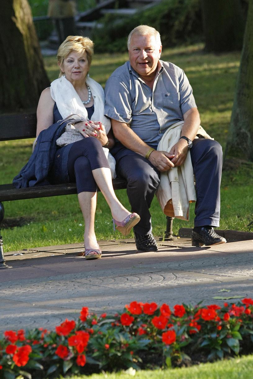 Barbara i Jerzy Stuhrowie przeszli razem bardzo trudne chwile. Dziś są szczęśliwymi rodzicami i dziadkami czworga wnucząt /AKPA