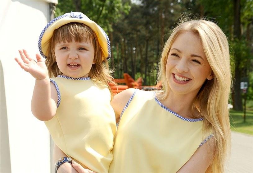 Barbara Kurdej-Szatan z córką Hanią /Agencja W. Impact