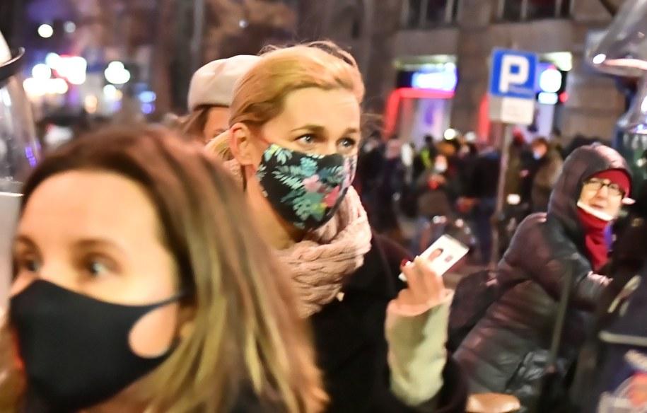 Barbara Nowacka podczas sobotniego protestu /Andrzej Lange /PAP