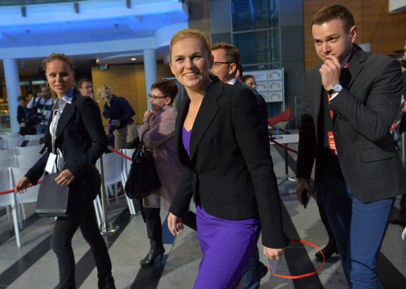 Barbara Nowacka w drodze na debatę /Marcin Obara /PAP