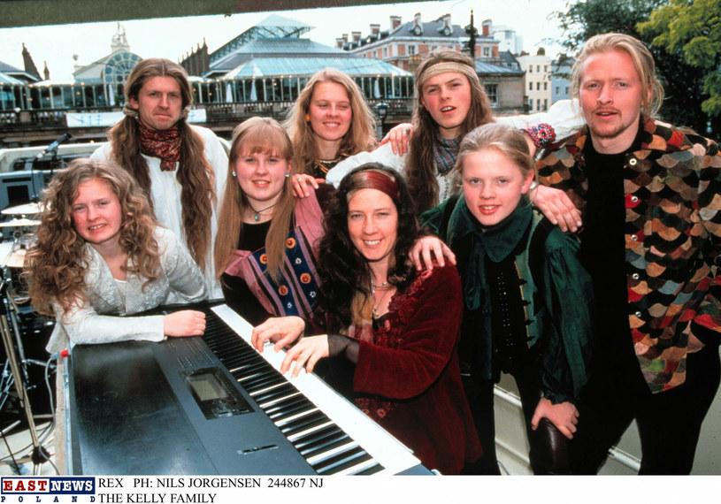 Barby, na zdjęciu pierwsza z lewej miała 45 lat /EastNews /East News