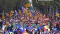 Barcelona: Demonstrują, bo chcą niepodległości. Katalończycy wyszli na ulicę