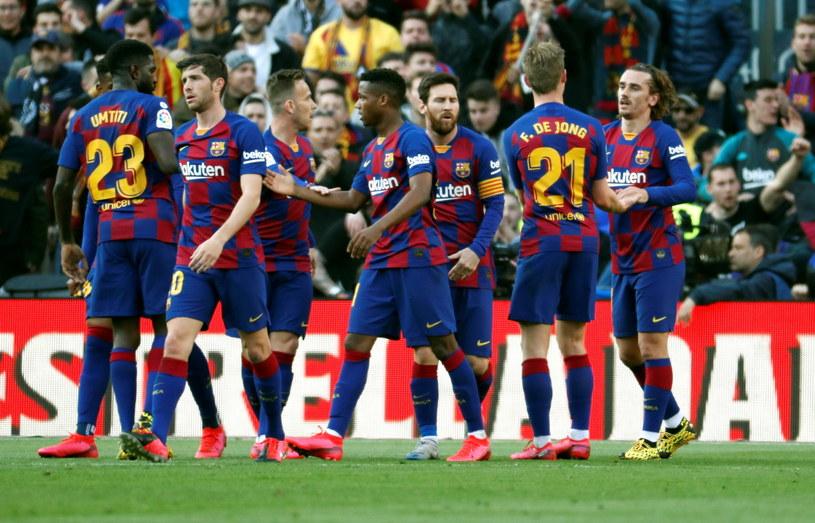 Barcelona może cieszyć się ze zwycięstwa /PAP/EPA/TONI ALBIR /PAP/EPA