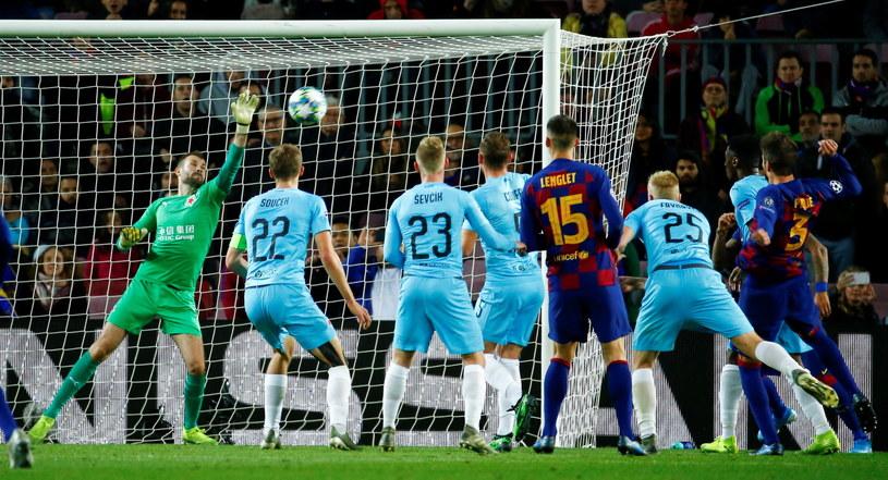 Barcelona nie miała sposobu na czeskiego bramkarza. To był Kolarz-show! /PAP