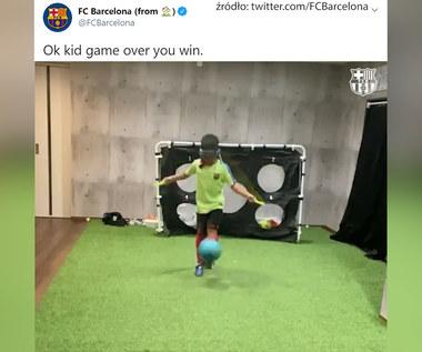 """Barcelona prezentuje. Niewiarygodny popis młodego piłkarza. """"Wygrałeś"""". Wideo"""