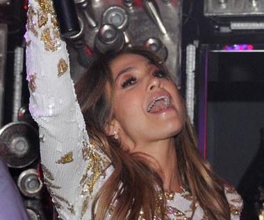Bardzo kolorowa Jennifer Lopez. Zobacz klip!