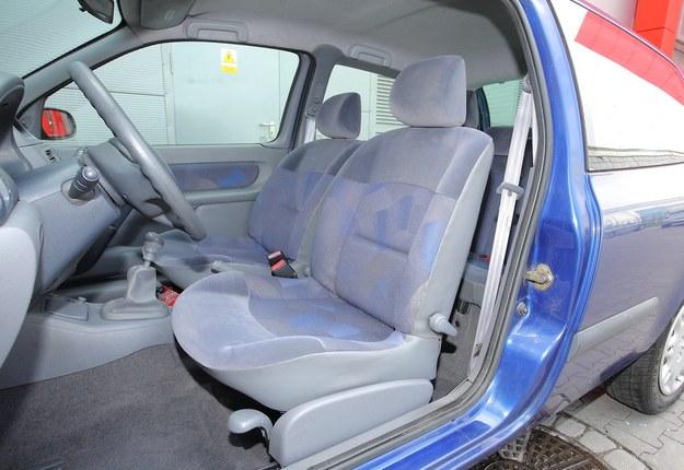 Bardzo miękkie fotele sprawdzają się na krótkich, miejskich odcinkach. /Motor