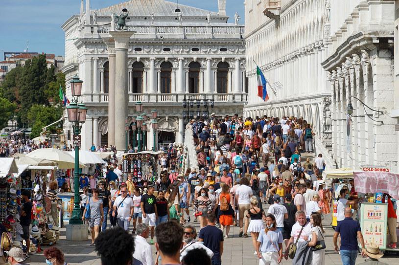Bardzo trudno o ciszę i spokój w Wenecji /ANDREA MEROLA /Getty Images