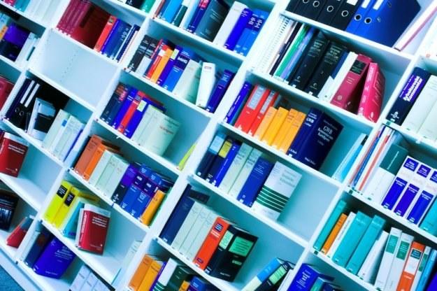 """""""Bardzo wzrośnie cena książek naukowych i publikacji niskonakładowych"""" /© Panthermedia"""