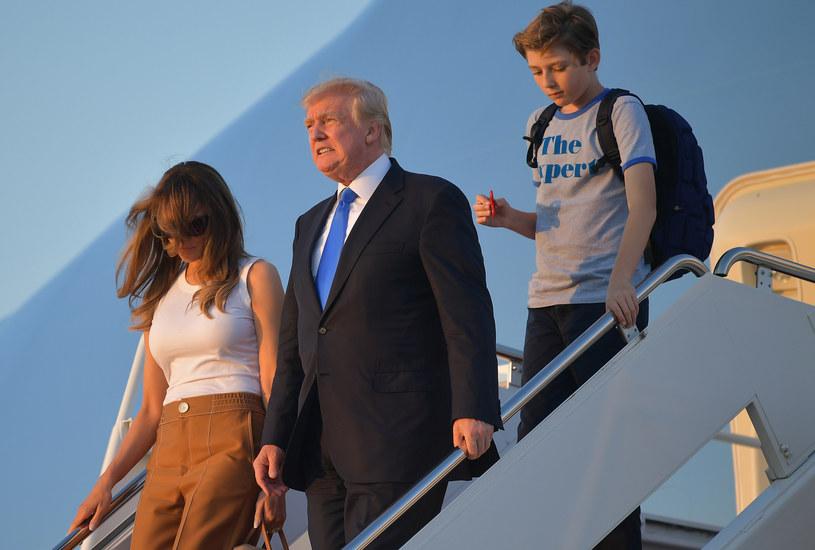 Baron Trump, syn prezydenta USA, również korzysta z Fidget Spinnera /AFP