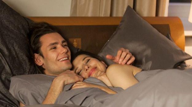 Bartek i Kornelia stęsknieni za sobą, lądują w łóżku /www.barwyszczescia.tvp.pl/