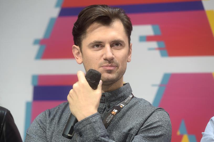 """Bartłomiej Kotschedoff po pokazie """"Ataku paniki"""" na festiwalu w Gdyni (2017) /AKPA"""
