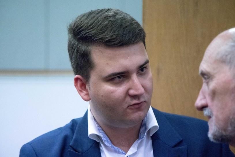 Bartłomiej Misiewicz i Antoni Macierewicz /Pawel Wisniewski /East News