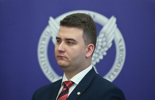 Bartłomiej Misiewicz, rzecznik MON /Rafał Guz /PAP