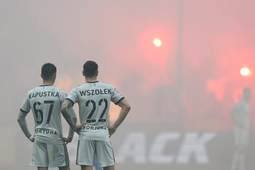 Bartosz Kapustka i Paweł Wszołek / Leszek Szymański    /PAP