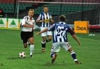Bartosz Karwan (pierwszy z lewej) zdobył dwie bramki dla Legii w meczu z Lechem /legia.net