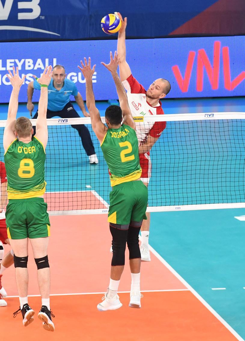 Bartosz Kurek w meczu z Australią w Lidze Narodów /www.fivb.org