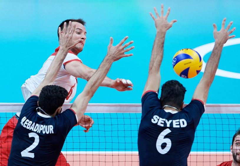 Bartosz Kurek w meczu z Iranem /Fot. Adam Warżawa /PAP