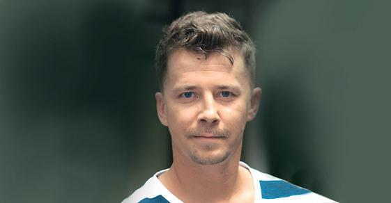 Bartosz Obuchowicz: Cyryl to nowy chłopak Beaty (Katarzyna Ankudowicz). Ale nim ją zdobędzie, będzie musiał stoczyć walkę z Alanem (Krystian Kukułka) /Tele Tydzień