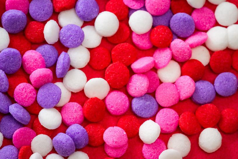 Barwniki w słodyczach /©123RF/PICSEL