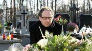 """""""Barwy szczęścia"""": Marek opuszcza pogrzeb żony"""