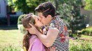 """""""Barwy szczęścia"""": Namiętny pocałunek Oliwki"""