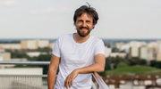 """""""Barwy szczęścia"""": Paweł domagała w podwójnej roli!"""