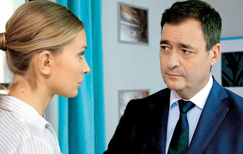"""""""Barwy szczęścia"""": Przed wyjściem do sądu Artur powie Zosi, że musi dopilnować, aby Krzepiński dostał dożywocie za to, co zrobił Marcie /Świat Seriali"""