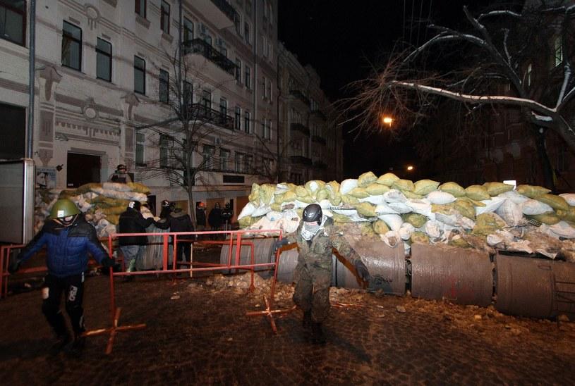 Barykada na Majdanie /AFP