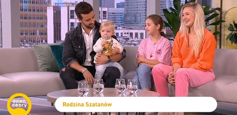 Basia Kurdej-Szatan z córką Hanią, mężem Rafałem i synem Henrykiem /materiał zewnętrzny