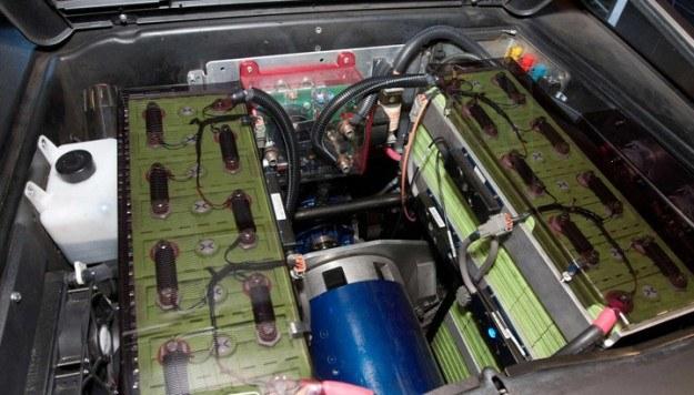Baterie litowo-jonowe /