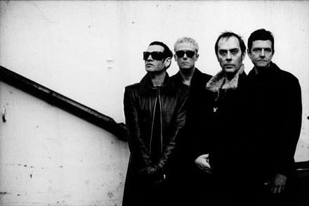 Bauhaus (Peter Murphy drugi z prawej) /Anton Corbijn