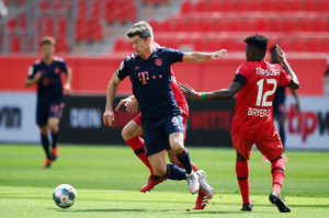 Bayer Leverkusen - Bayern Monachium 2-4 w meczu 30. kolejki Bundesligi. Gol Lewandowskiego