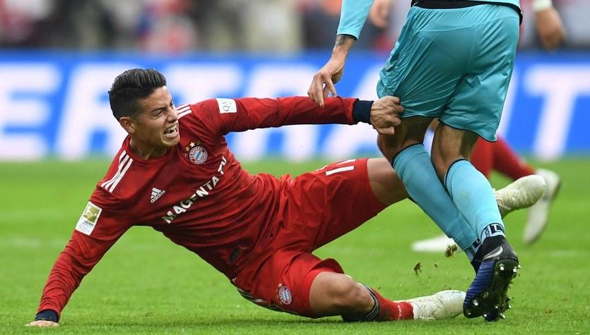 Bayern. James Rodriguez doznał kontuzji kolana