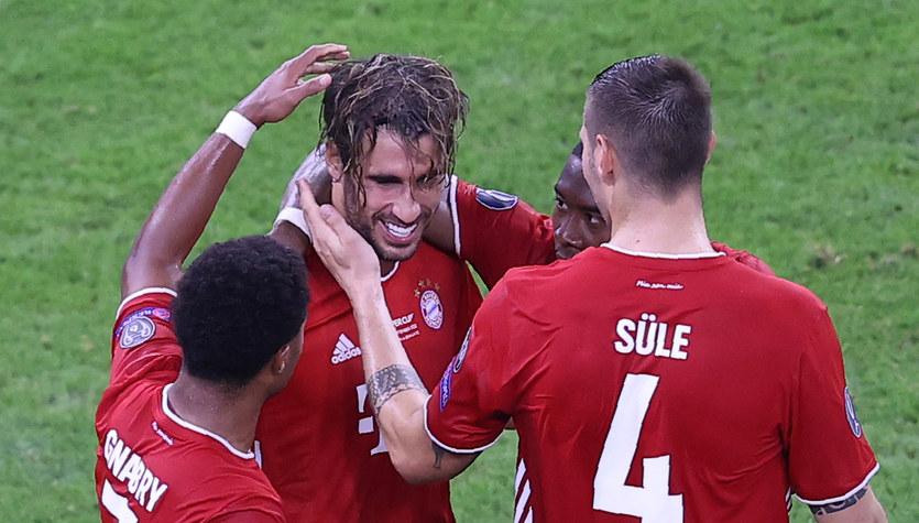 Bayern Monachium - Sevilla FC 2-1. Hansi Flick: Futbol czasem pisze takie piękne historie