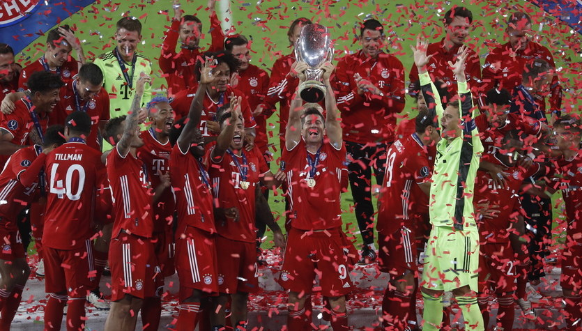 Bayern Monachium - Sevilla FC 2-1. Lewandowski trzecim Polakiem z Superpucharem Europy