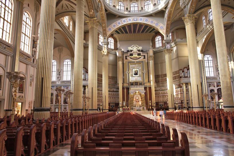 Bazylika Najświętszej Maryi Panny Licheńskiej jest największym kościołem w Polsce /123RF/PICSEL