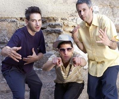 """Beastie Boys: """"Oddajcie nasze kamery!"""" /AFP"""
