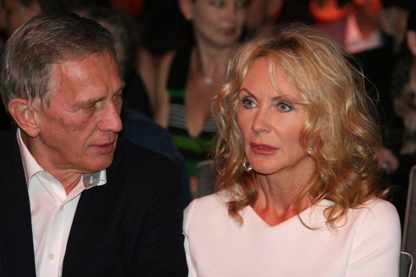 Beata i Jan Englert poznali się w szkole teatralnej: ona była studentką, on jej profesorem. Są małżeństwem już od 23 lat /East News