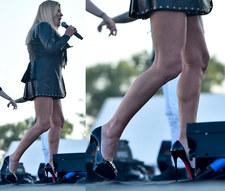 Beata Kozidrak odsłoniła nogi na koncercie w Uniejowie