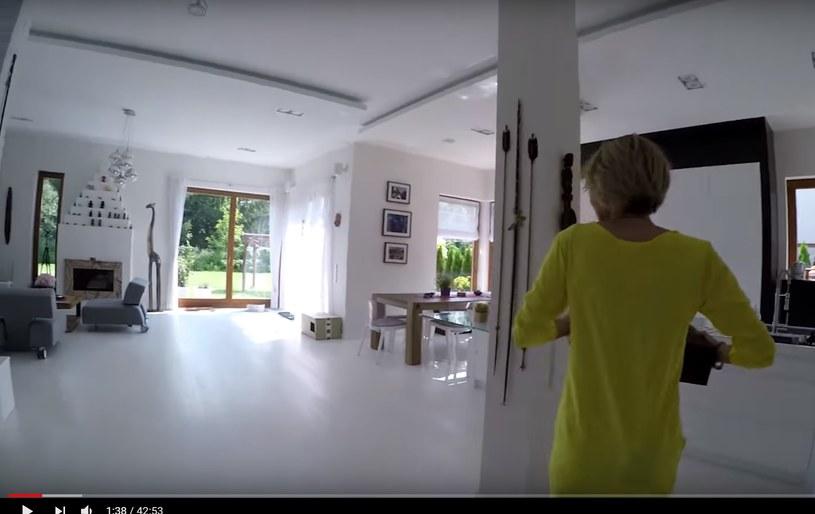 """Beata Pawlikowska pokazała swój dom w programie """"Jak mieszkają gwiazdy?"""" /YouTube /materiał zewnętrzny"""