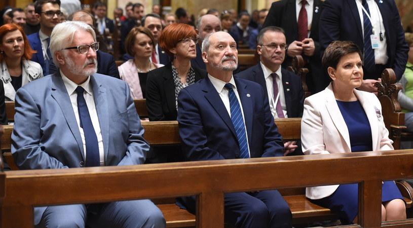 Beata Szydło, Antoni Macierewicz, Witold Waszczykowski /Radek Pietruszka /PAP