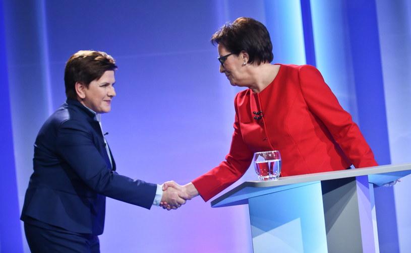 Beata Szydło i Ewa Kopacz przed wtorkową debatą /Rafał Guz /PAP
