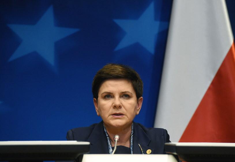 Beata Szydło na konferencji prasowej w Brukseli /Radek Pietruszka /PAP