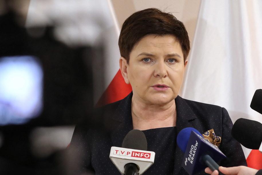Beata Szydło ogłosiła, że dziś lub jutro poznamy termin i koncepcję okrągłego stołu / Grzegorz Momot    /PAP