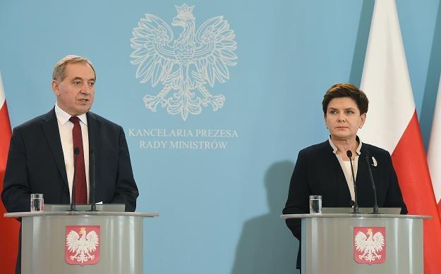 Beata Szydło (P) i Henryk Kowalczyk (L) /PAP